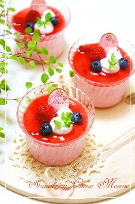 水切りヨーグルト☆苺レアチーズムース