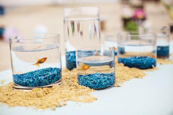 Un centro de mesa muy marina! Idóneo para una fiesta mar / An ideal table decoration for an Under-the-sea party!