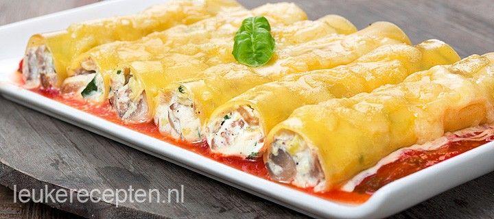 Lekker vegetarisch pastarecept met cannelloni gevuld met courgette, champignons en ricotta