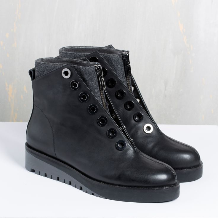 AW15 | United Nude Mickey Combat boot