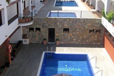 Piscina Aparthotel Puerto Mar Peñíscola