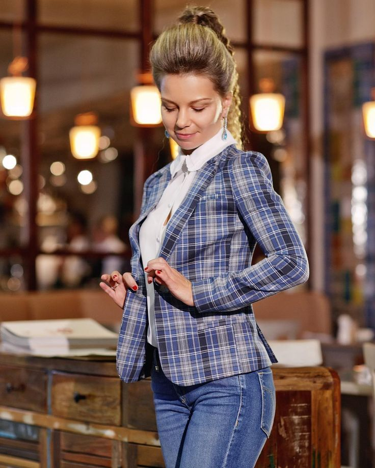 Дизайнерская женская одежда (@lessaisonsrusses) • Фото и видео в Instagram