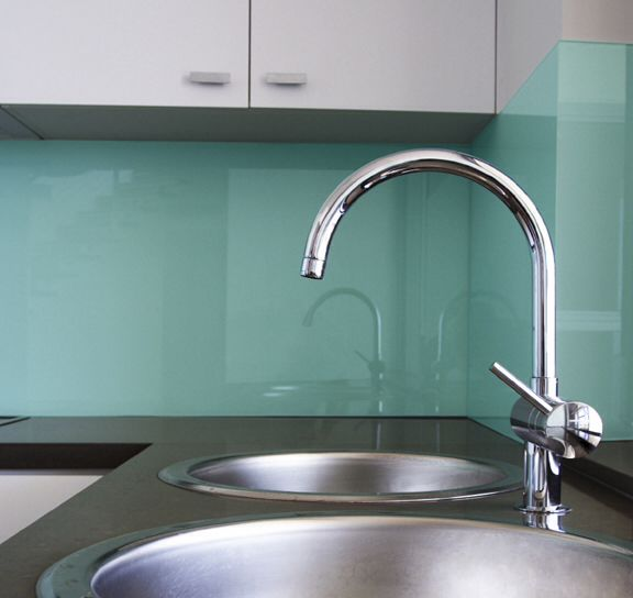 solid glass backsplash in the perfect color