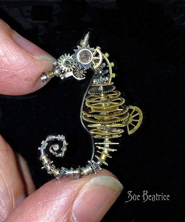 古い時計部品をリサイクルして作るスチームパンクな動物彫刻 (6)                                                                                                                                                                                 もっと見る