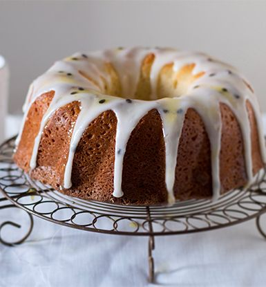 One-Cup Yoghurt cake with granadilla frosting