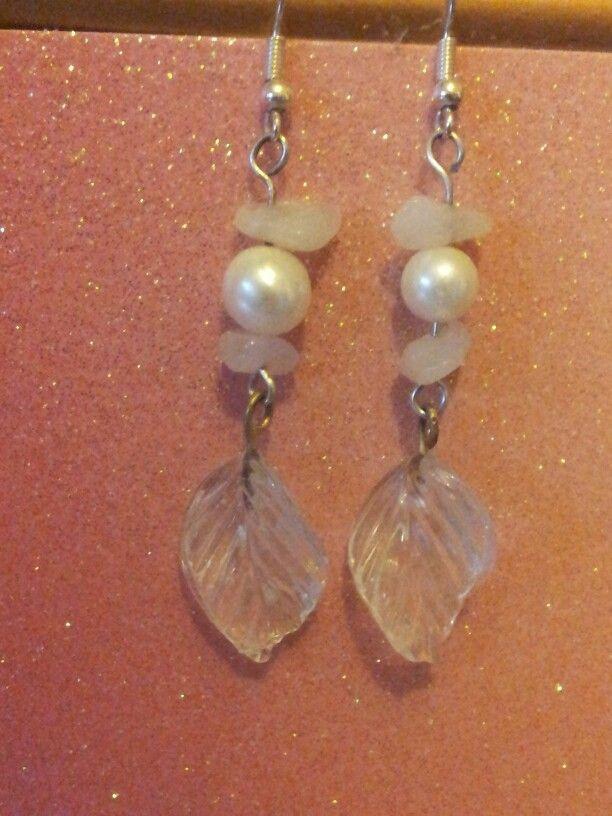 Glass leaf beads, quartz chips & faux pearl earrings.