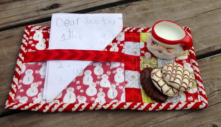 Santa S Mug Rug With A Note Holder And Space For Cookies