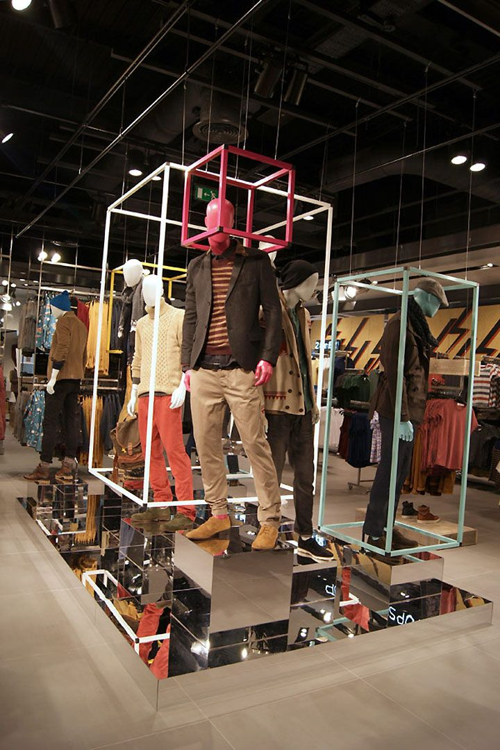 TOPMAN – Lakeside Displays by D1 Design & Creative, London