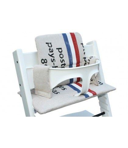 Kussenset Stokke Tripp Trapp stoel, beige stoelverkleiner met PTT post print. Neem voor meer Tripp Trapp kussens een kijkje op www.ukje.nl