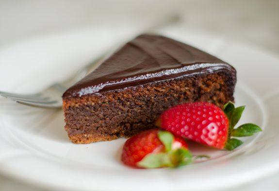 Flourless Chocolate Almond Cake with Chocolate Ganache Frosting