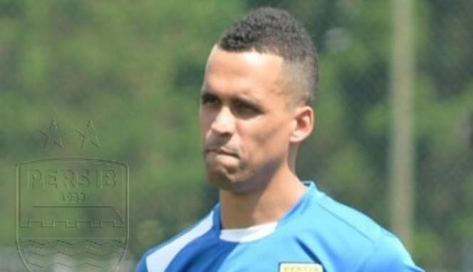 Aron Da Silva disebut-sebut akan jadi pemain baru Persib