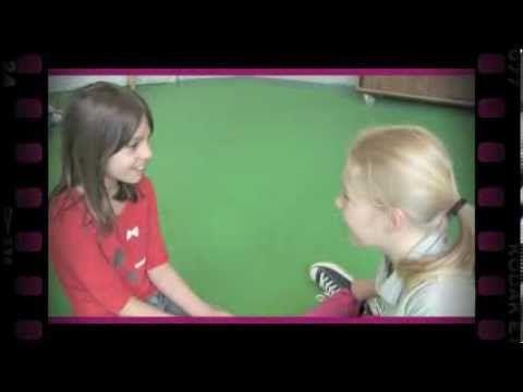 Zin voor zin (dramaoefening bij lesmethode DramaOnline) - YouTube