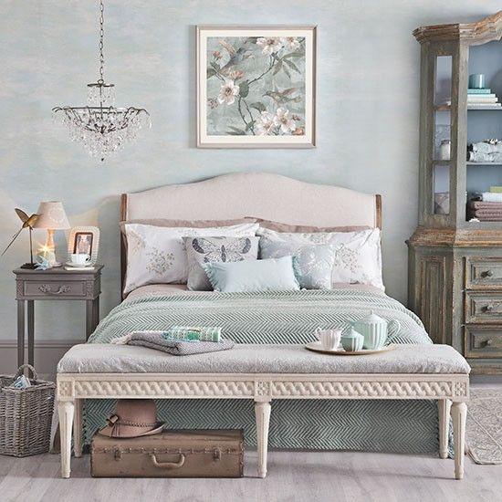Relaxing pale jade green bedroom