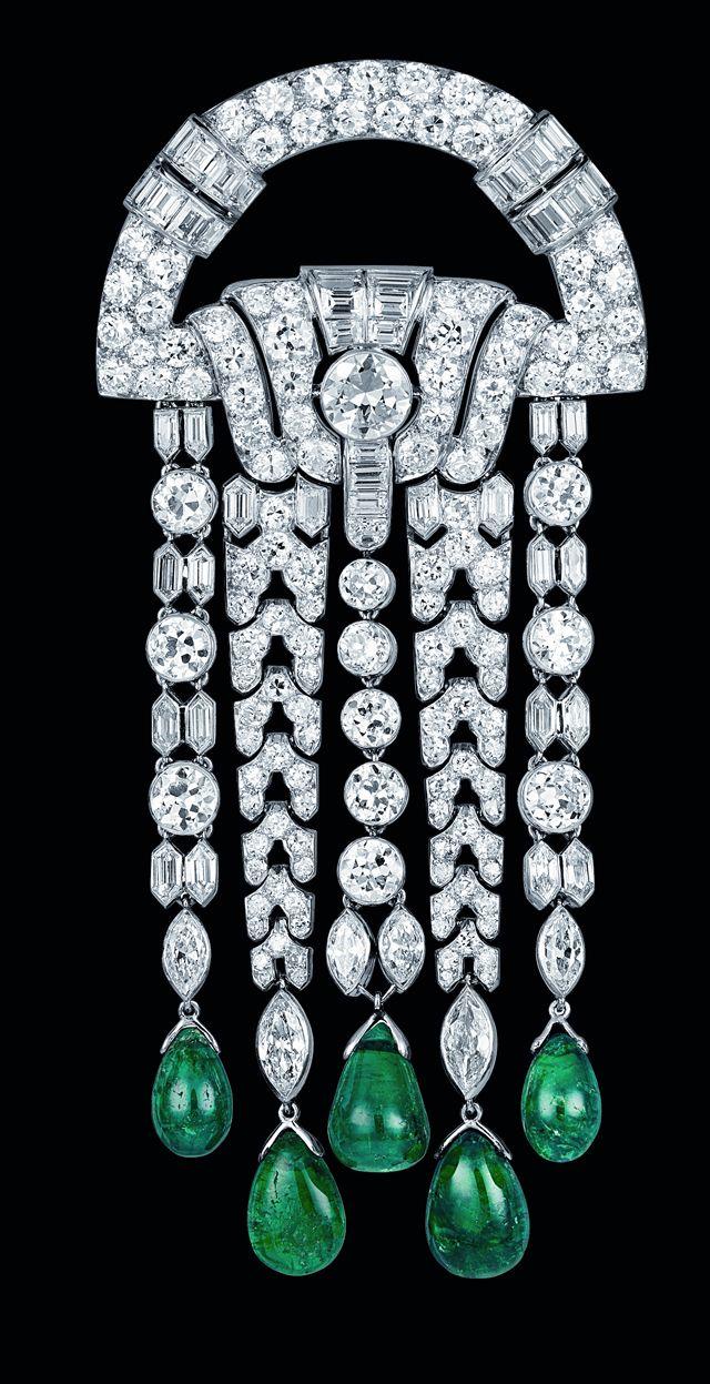VC&A; Art Deco Brooch 1928:
