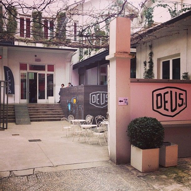 Deus Café in Milano, Lombardia