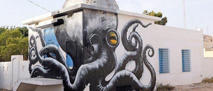 150 artistas callejeros convierten una vieja aldea tunecina en un museo al aire libre - http://dominiomundial.com/150-artistas-callejeros-convierten-una-vieja-aldea-tunecina-en-un-museo-al-aire-libre/