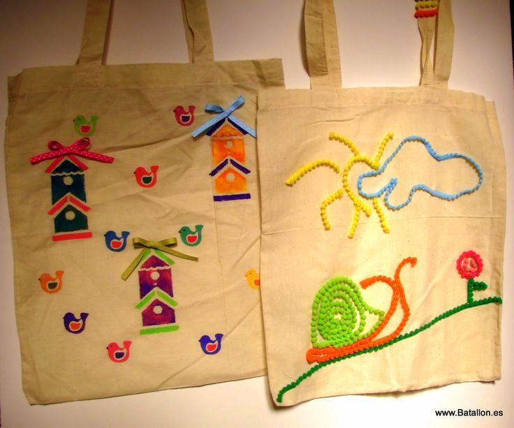 Dos bolsos de algodón decorados por nosotros
