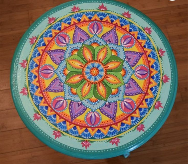 Visualizza altre idee su sedie dipinte, sedie, sedie dipinte a mano. Pin Di Bohoasis Su Boho Decor Idee Progettuali Idee Pittura