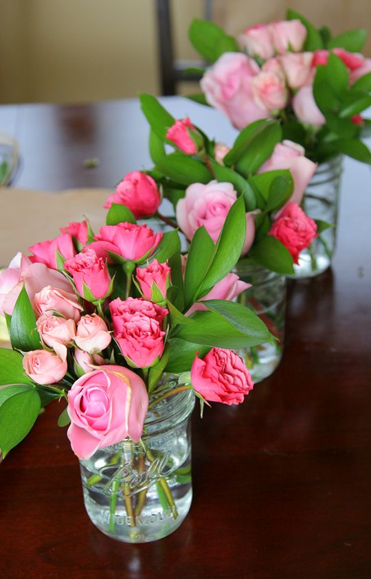 a cute tutorial for some inexpensive DIY arrangements (bridal shower?)