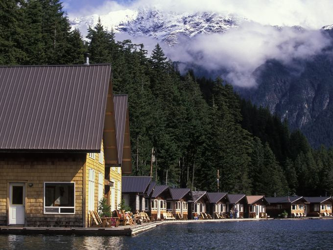 Ross Lake Resort in North Cascades national Park (Washington) consists of cabins built on floating docks cabled to huge cedar logs. Between the beautiful views and uniqueness of the floating cabins, this might be a perfect place to get away from stress.