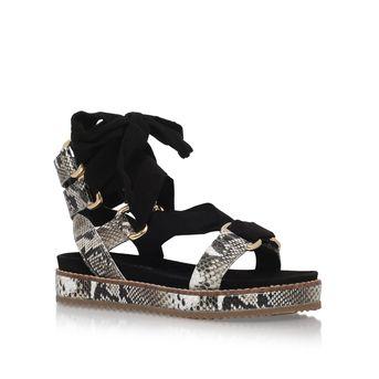 Черные плоские сандалии