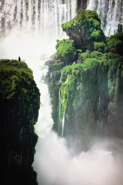 Iguazu Falls (sometimes Iguassu or  Iguacu) are the 3rd biggest waterfalls in the world.  Iguazu falls consist of 275 separate falls and is actually bigger than Niagara Falls.  It's located on the Border of Paraguay, Argentina and Brazil. (Photo by David Rochas).