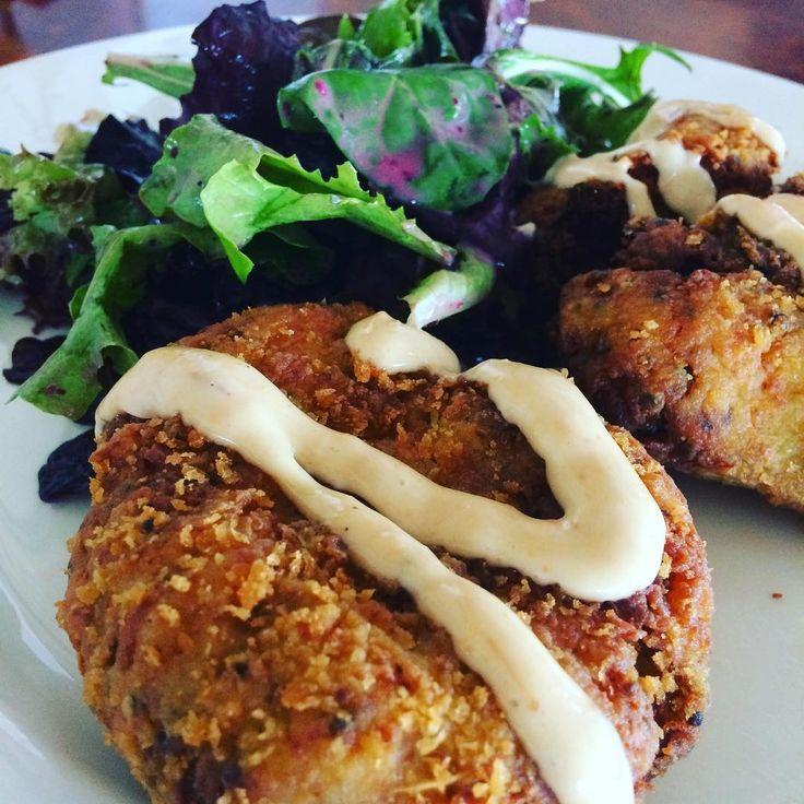 West Coast #Crab #Cakes 👌🏻 #lunch #sockeyecity #Steveston