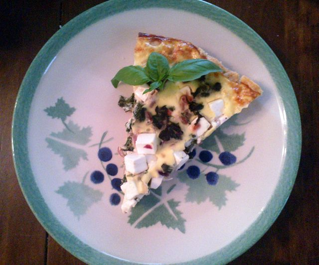 Feta-pinaattipiirakka (Spinach-feta pie)