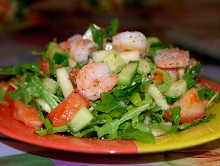 Салаты с рукколой и креветками - Традиционные и новые рецепты салатов