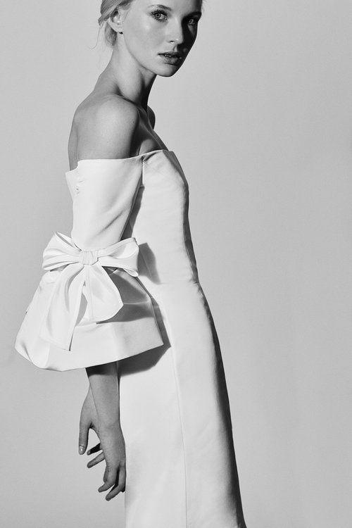 Vestido Carolina Herrera   Vestido noiva curto, Vestidos e