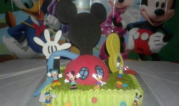 Casa Mickey Mouse. Detalles para decorar cumpleaños! #detallesocasionesespeciales