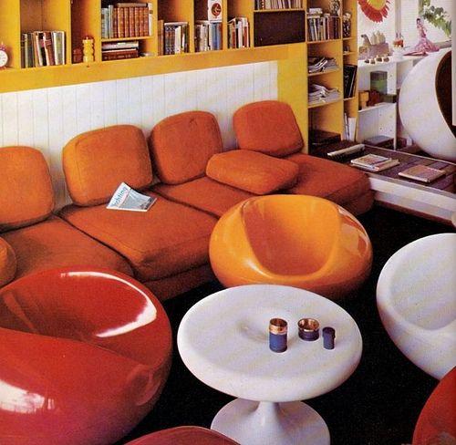 Oranje was hip in de zeventiger jaren. Orange in the seventies.