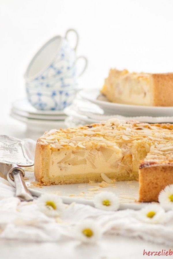 Apfel-Schmand-Kuchen darf auf keinen Kaffeetisch in Nordfriesland bei einem Fest fehlen! Mit diesem Rezept gelingt euch der nordfriesische Kuchenklassiker!