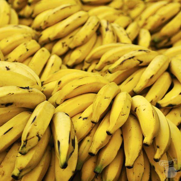 Surgida do sudeste da Ásia, a banana é atualmente cultivada em todas as reiões tropicais do planeta e em mais de 130 países. Combinado com fibras, a bana contém três açúcares naturais, a sacarose, frutose e glicose, que juntos dão um instantâneo aumento de energia.Já foi provado através de pesquisas que, comendo apenas com duas bananas, absorvemos energia para para repor o que foi gasto em um esforço de 90 minutos. Por isso, não é difícil encontrar atletas comendo banas por ai em…