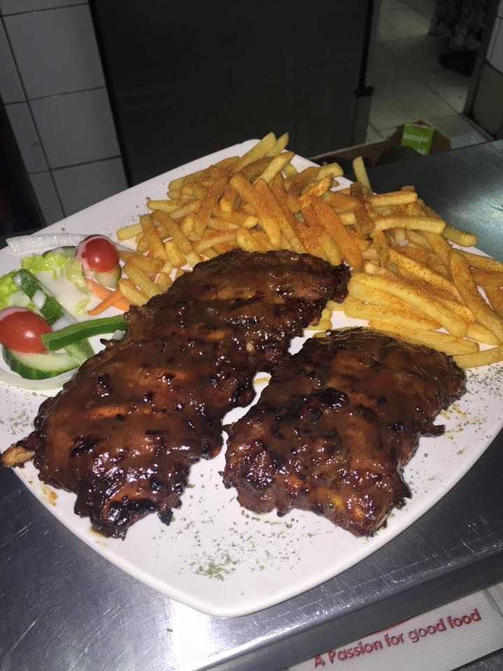 400g ribs and chips