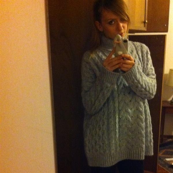 Zara sweater by Ilary