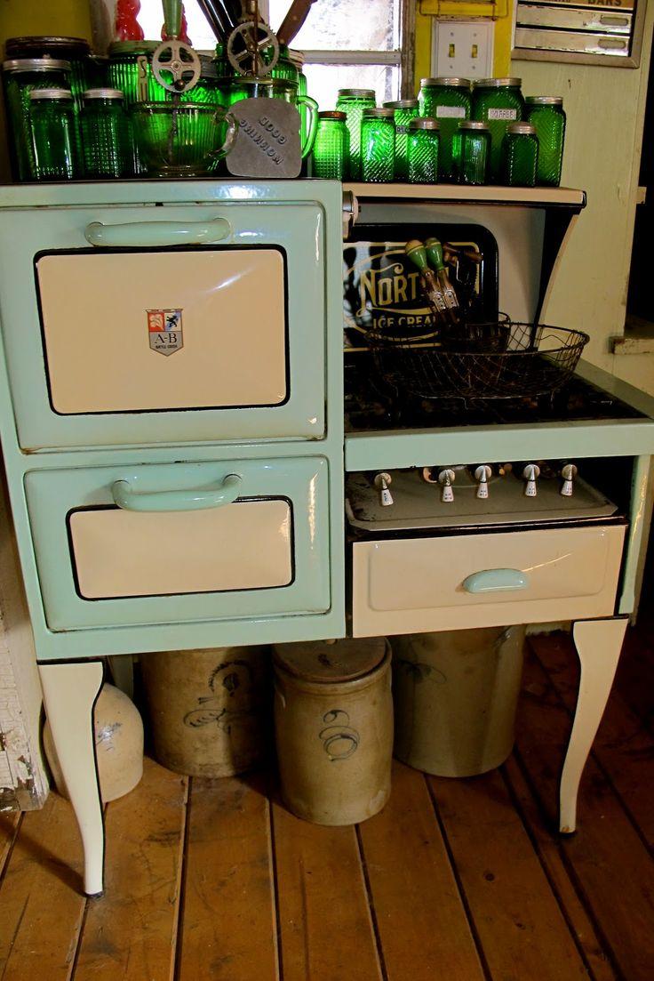 Uncategorized Antique Kitchen Appliances 354 best vintage appliances images on pinterest find this pin and more appliances