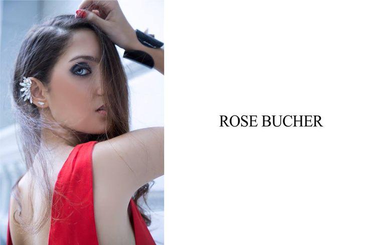 Red blouse & earcuff by Rose Bucher.   Blusa roja y aro solitario por Rose Bucher. Argentina.