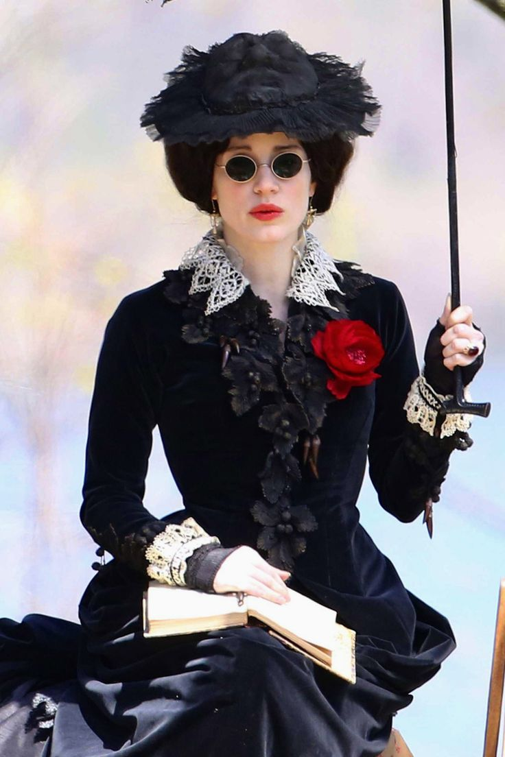 Jessica Chastain as Lady Lucille Sharpe on the set of Crimson Peak (2014).: