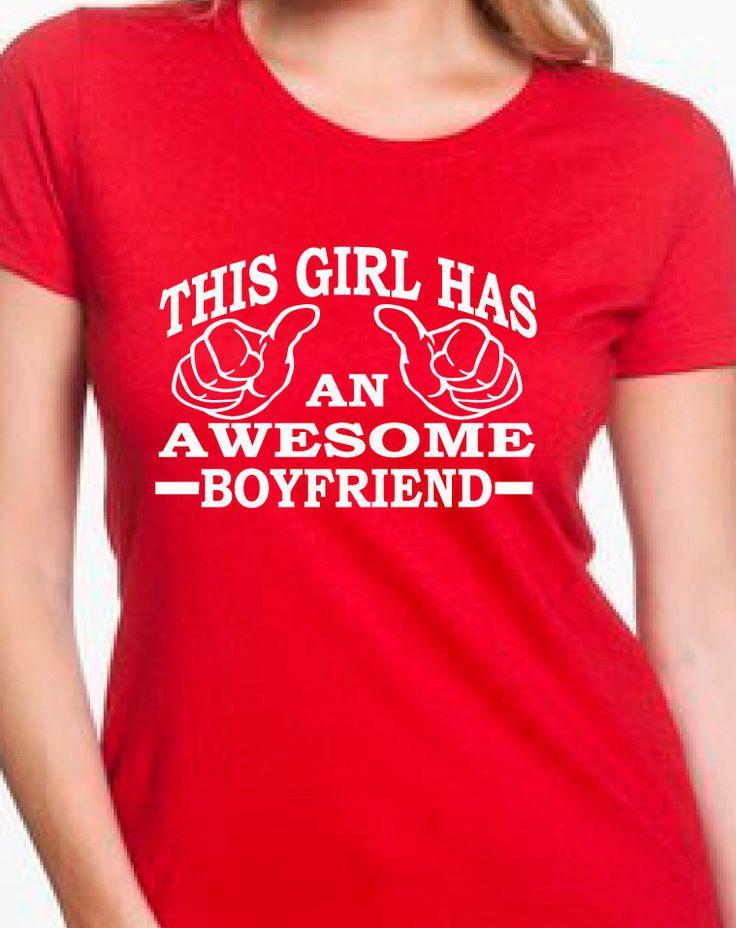 Cette fille a un copain génial valentines, chemise copine, petite amie, cadeau anniversaire, chemise de couples, té fille, cadeau petite amie par BRDtshirtzone sur Etsy https://www.etsy.com/fr/listing/221792768/cette-fille-a-un-copain-genial