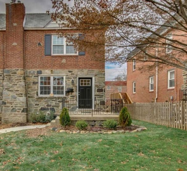 a home for sale at 50 greenhill rd media pa 19063 in delaware rh pinterest com