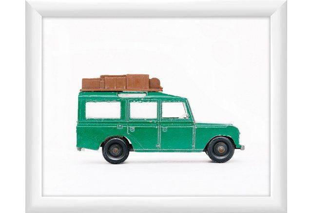 Leslee Mitchell, Green Land Rover
