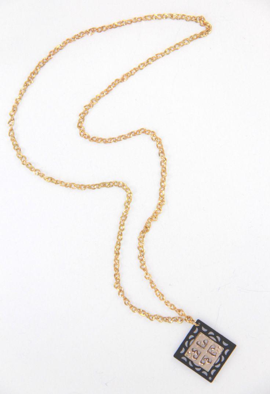 Lazer Kesim Gold-Siyah Kolye 40 cm uzunlugunda. www.suanyemoda.com