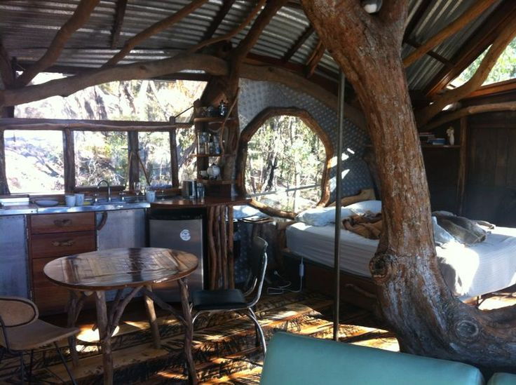 The Blue Mountains adventure continues in this cute tree house! http://tmod.com.au/catalog/adventure-enamel-cups