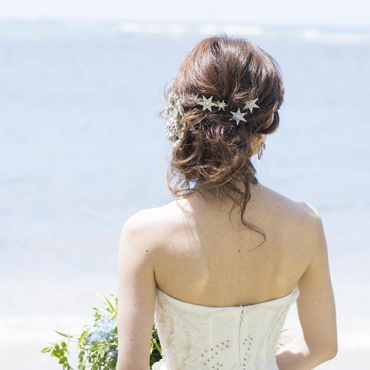 #hawaii #hairmake #hairstyle #hawaiisatomi #hawaiihairmake #hawaiihairmakesatomi #bride #bridal #wedding #satomihmd  #satomi #hairmakesatomi #flower #プレ花嫁 #ハワイヘアメイク #ヘアスタイル #ヘアメイク #プレ花嫁 #結婚式 #ウェディング #ブライダル #アップスタイル #updo #satomiスタイル #生花髪飾り #挙式スタイル #kahalabeach #ポートレート#star #カメリア #camellia Photo by @pakkaiyimphotography  Hairmake by @satomihmd