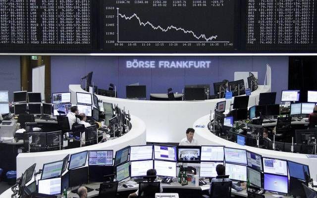 الأسهم الأوروبية تهبط بالختام لتسجل خسائر أسبوعية قوية مباشر خيم الهبوط على مؤشرات الأسهم الأوروبية في نها Stock Exchange Bank Of America Global Stock Market