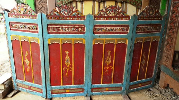 Javanese partitions. Made of teak.  Beautiful Carvings. Can beautify your home.