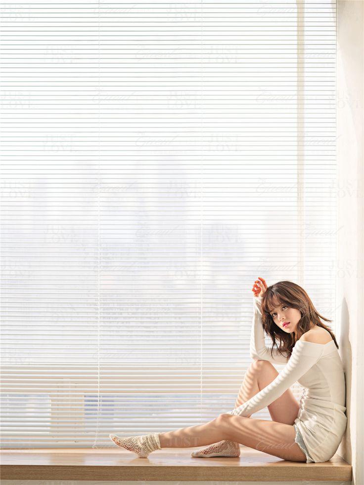 Korean Studio Pre-Wedding Photography: Chic & Fun by Gaeul Studio on OneThreeOneFour 12