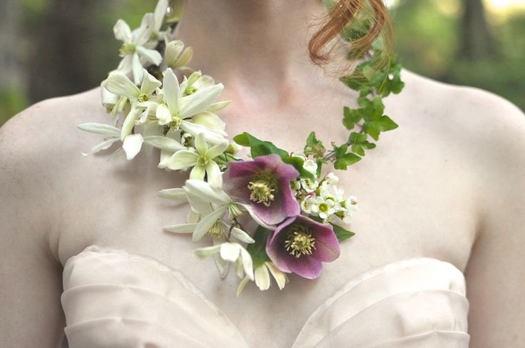 real flower necklace, seattle event designer, finch and thistle event design