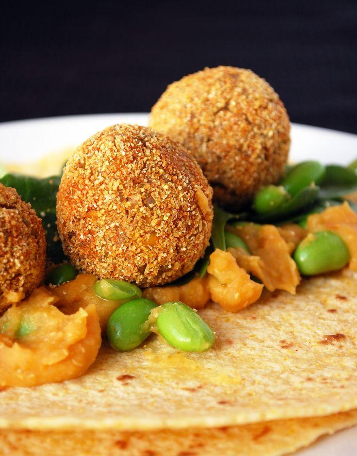 La quinoa es considerada por la OMS y la FAO, como uno de los alimentos más completos de la naturaleza. Además la NASA lo recomienda a los astronautas en sus viajes espaciales por su alto contenido en proteínas.